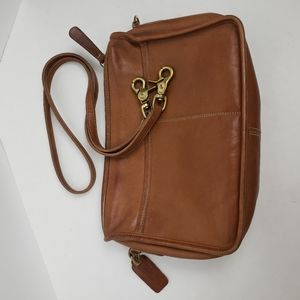 Vintage Coach leather crossbody bag